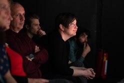 Im Publikum erspäht: Mieze Medusa wie sie späht